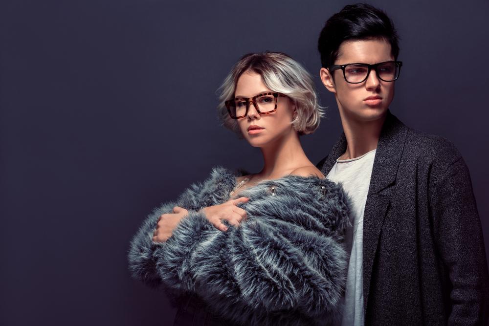 Dlaczego trzeba mieć co najmniej 2 pary okularów?